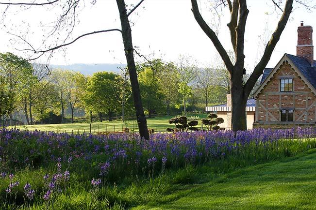 Contemporary Country Garden design and landscaping